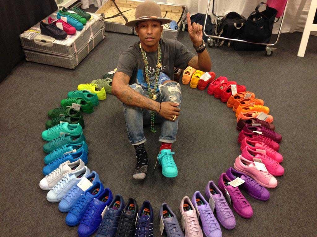 adidas superstar colorate indossate