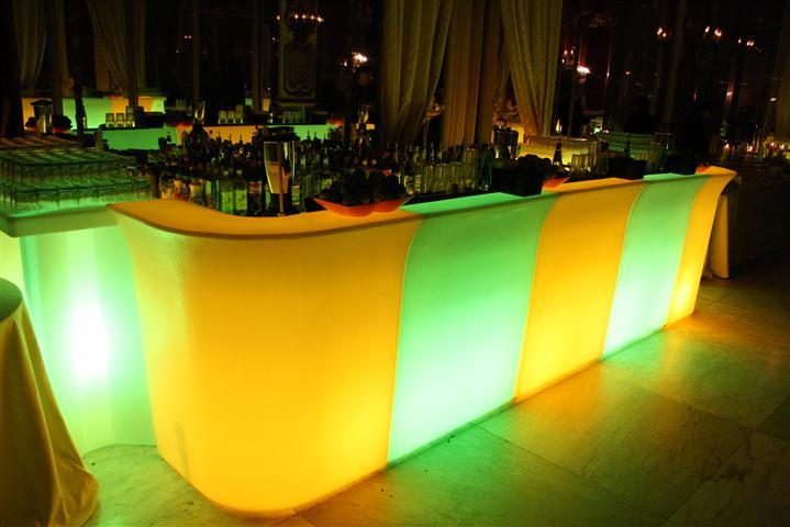 Come organizzare un open bar