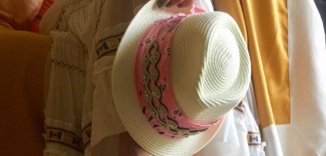 Bandana Choker sul cappello
