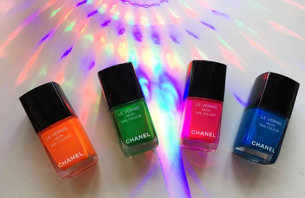 Smalti Chanel della collezione Neon Wave