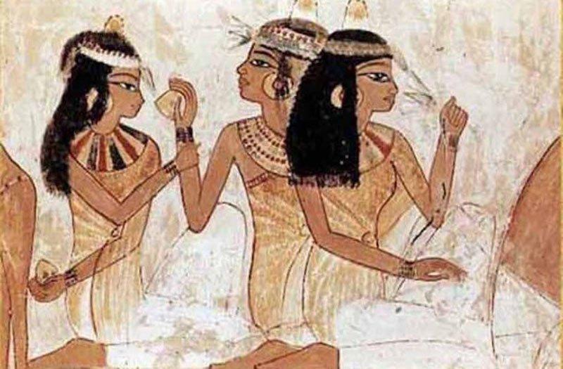 Le origini della storia dello smalto