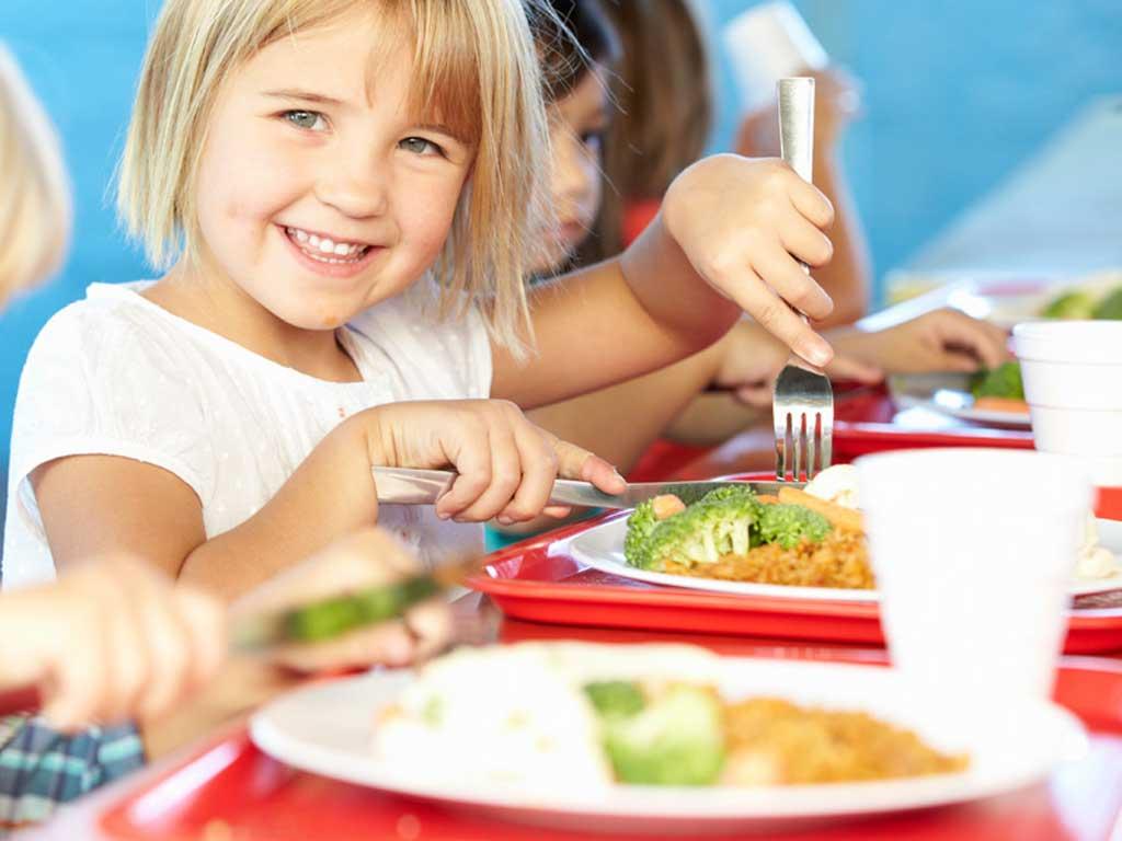 Alimentazione bambini: quando cominciare una dieta