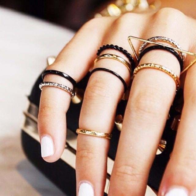La moda dei knuckle rings