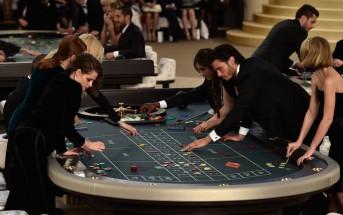 La sfilata di Chanel haute couture a/i 2015-2016