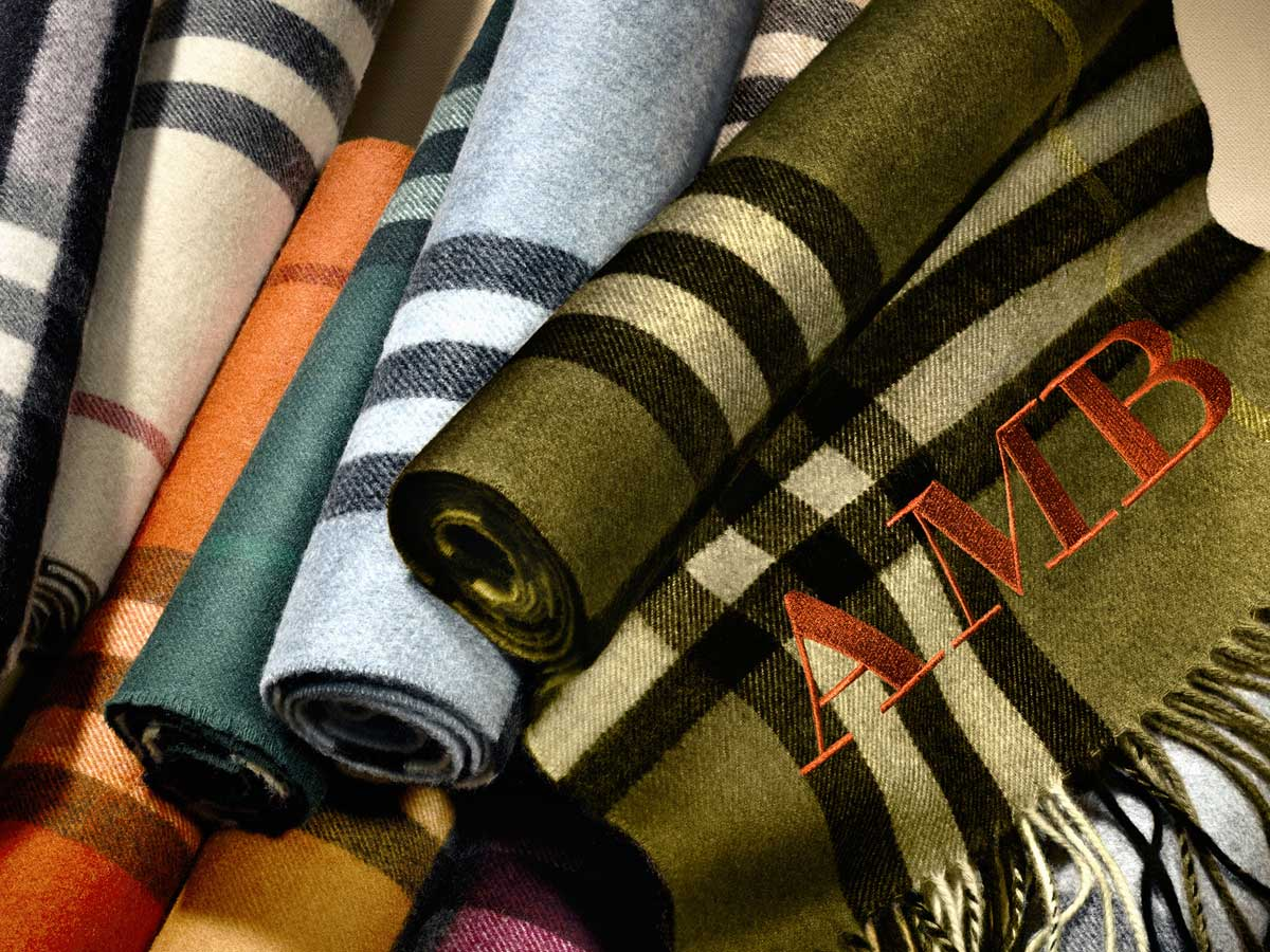 Burberry Scarf Bar