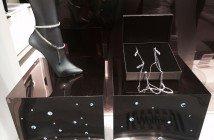 Wolford: look scintillanti per le gambe
