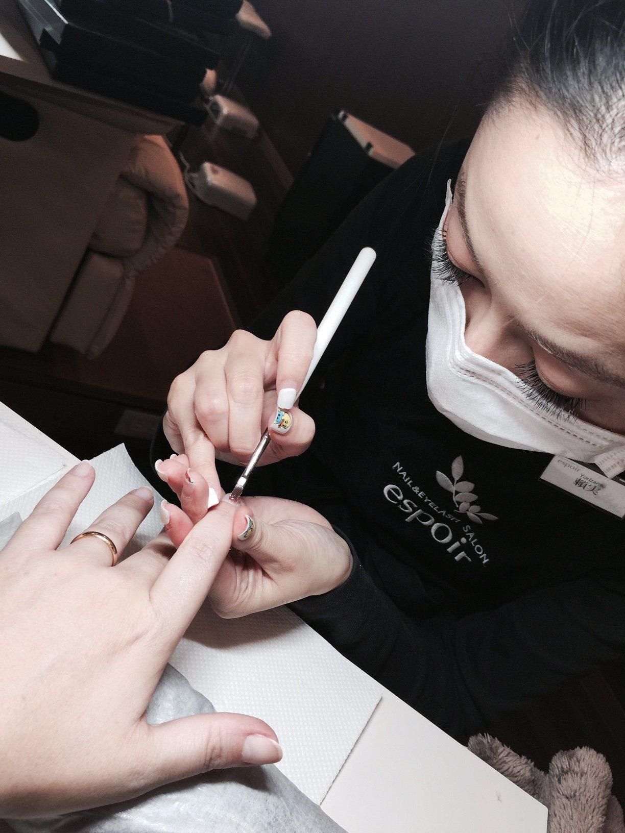 Come si fa la manicure giapponese