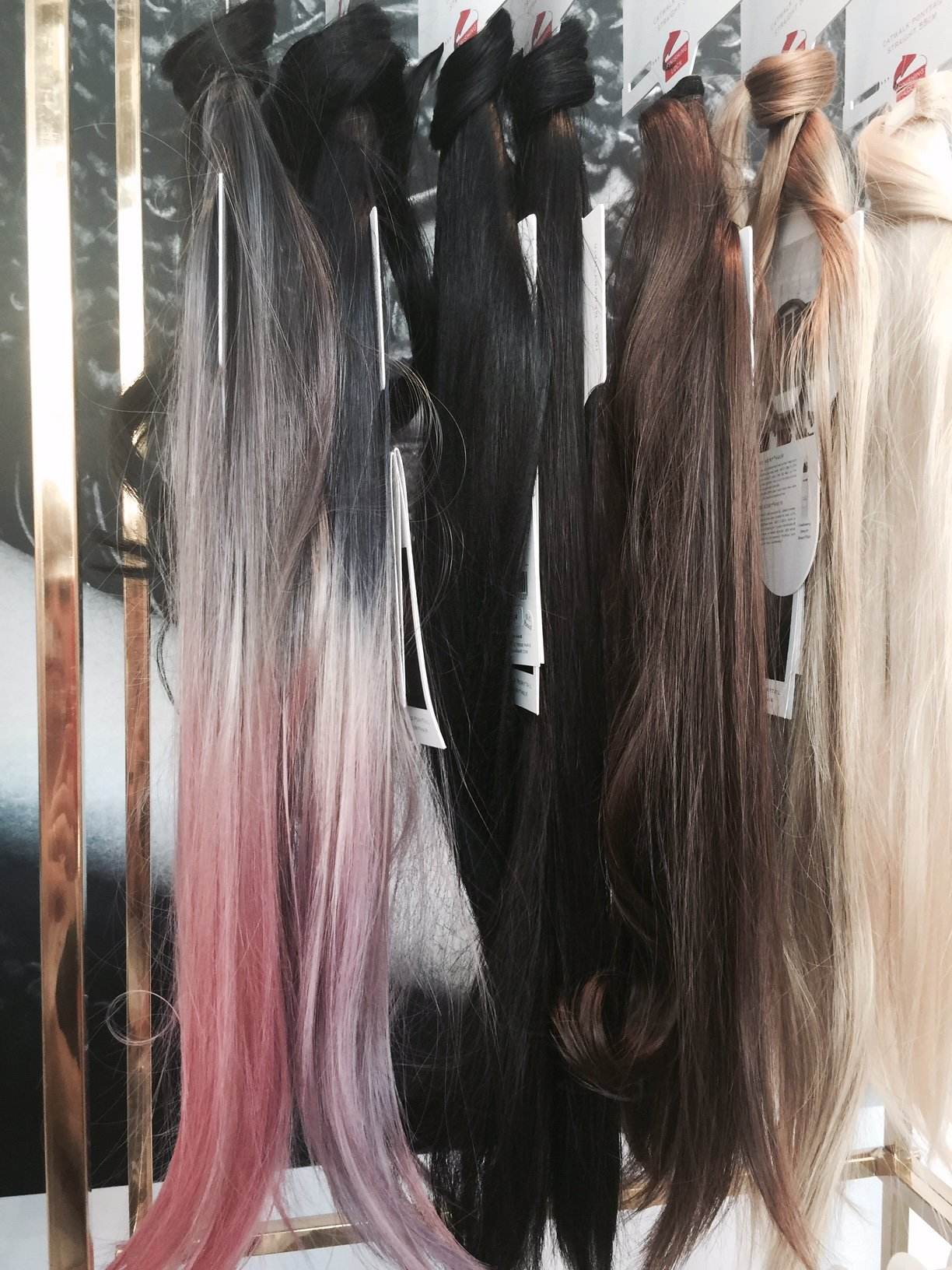 Foto delle extension colorate di Balmain Hair