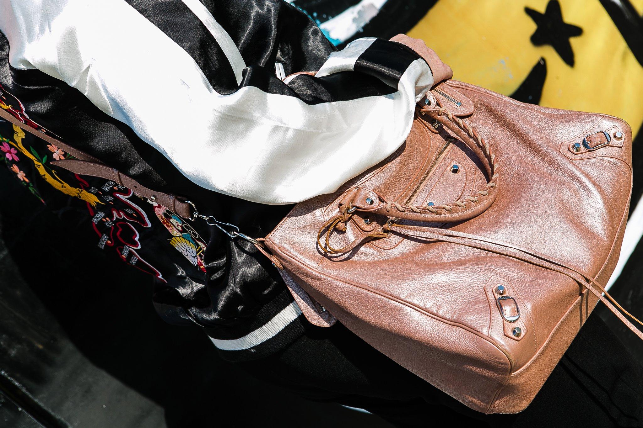Foto della borsa di Balenciaga rosa
