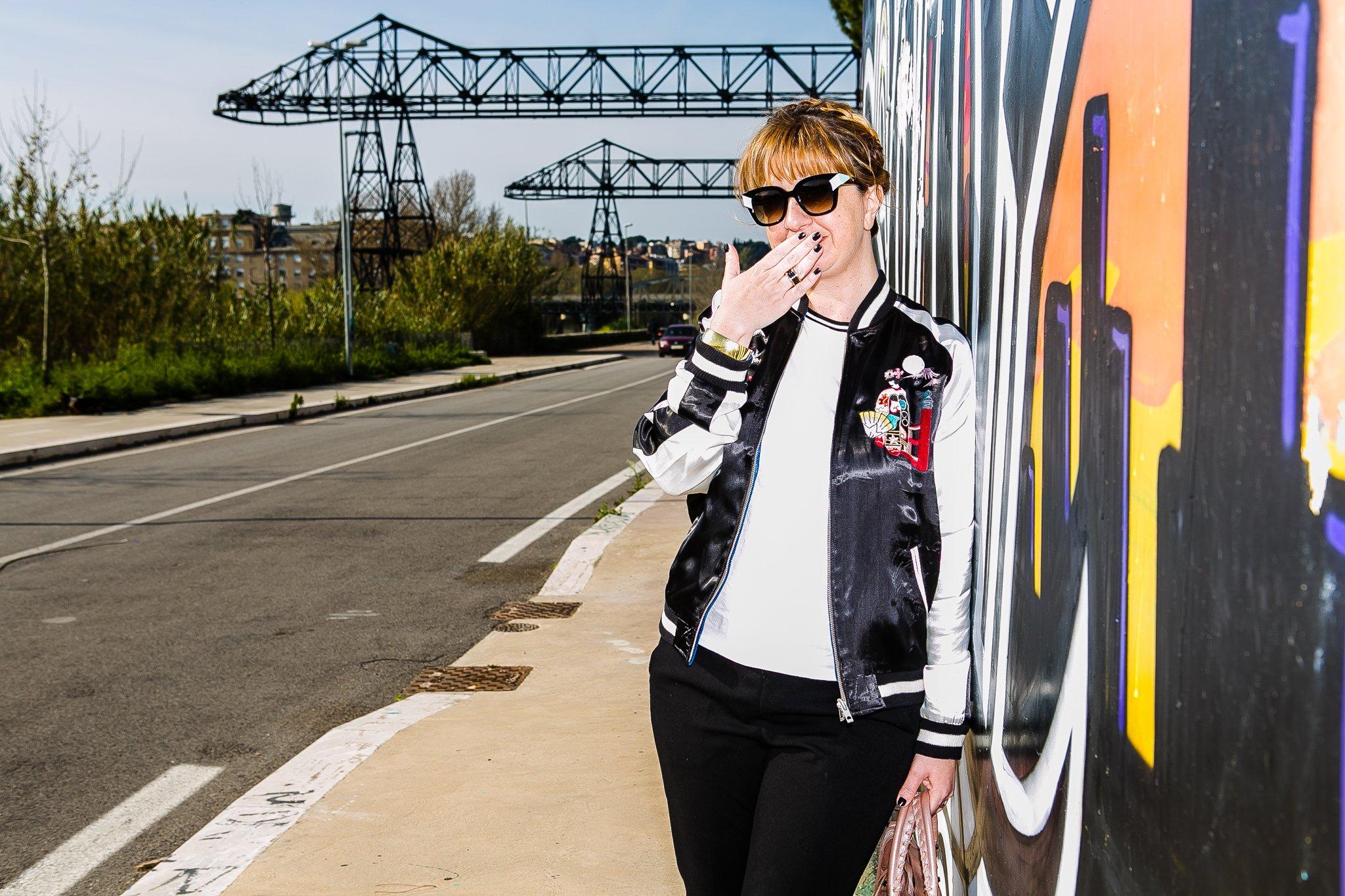 Foto di Claudia con la giacca bomber