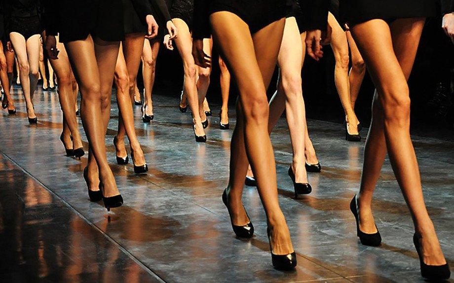 Foto di modelle con le BB Cream gambe