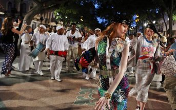 Foto della sfilata Chanel a Cuba