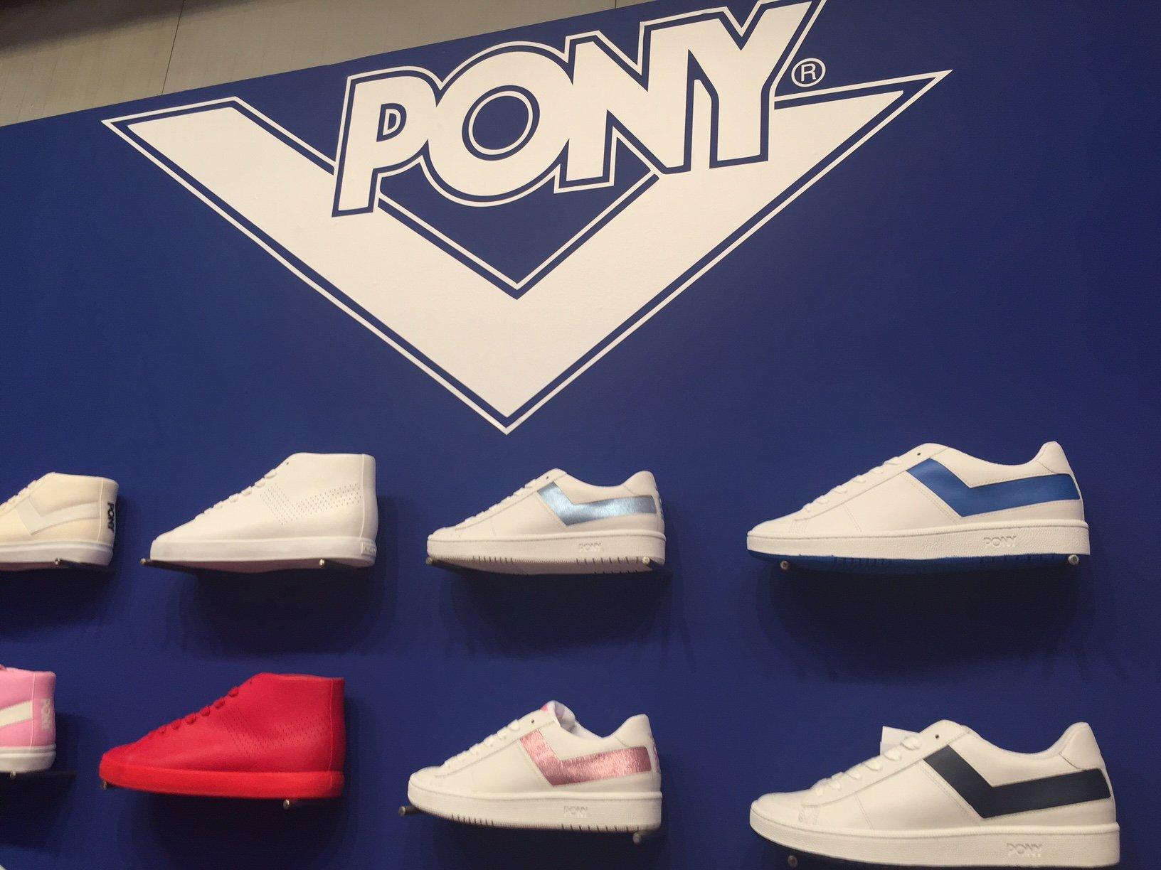 Foto della sneaker Pony