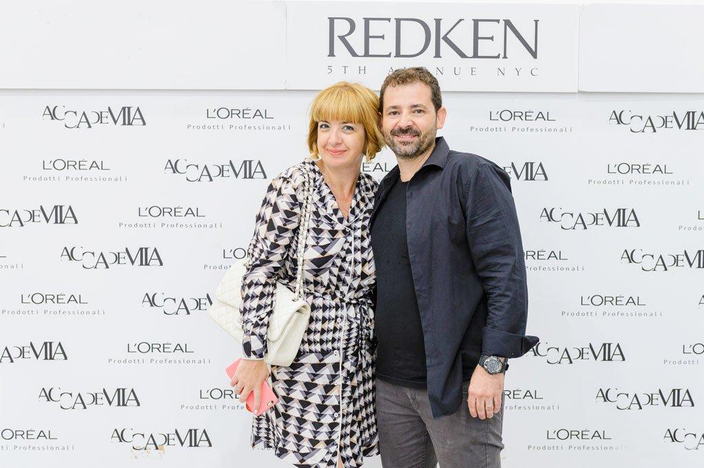 Claudia con l'hair stylist di Redken