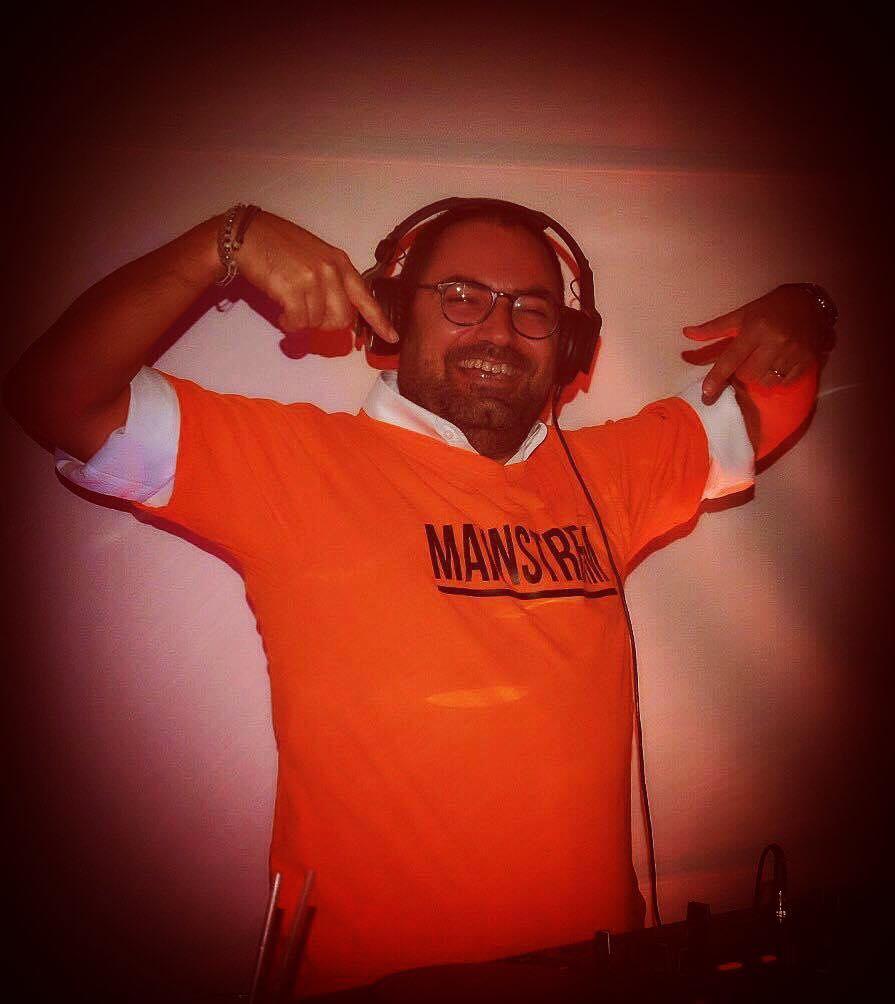 Silent DJ Goose