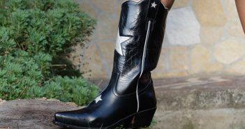 Come indossare gli stivali texani