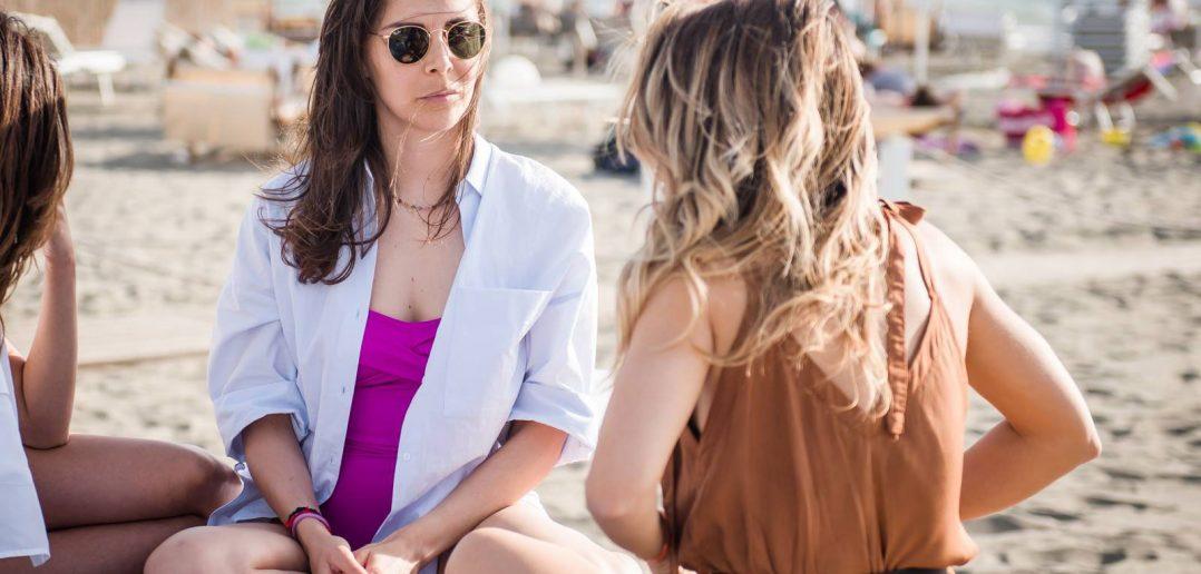 Come vestirsi per una festa in spiaggia