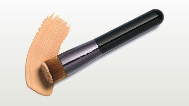 Pennello per il fondotinta di Shiseido