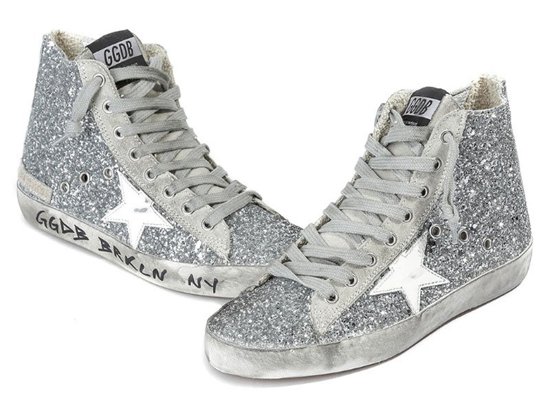 Tendenze moda argento: sneakers Golden Goose