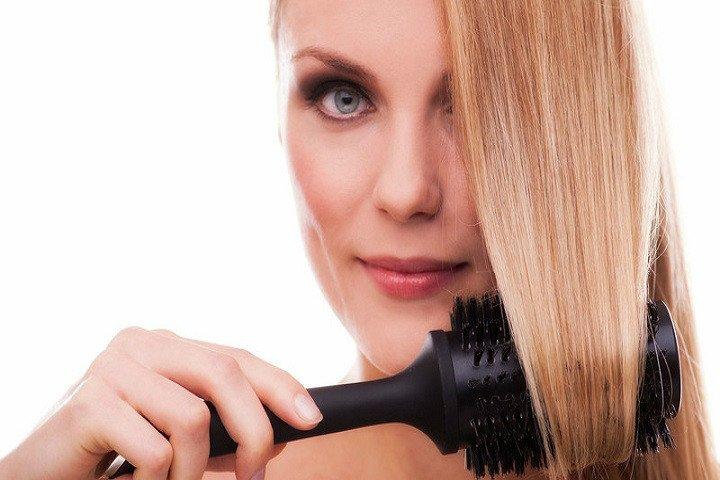 Tutti i modi per avere i capelli lisci