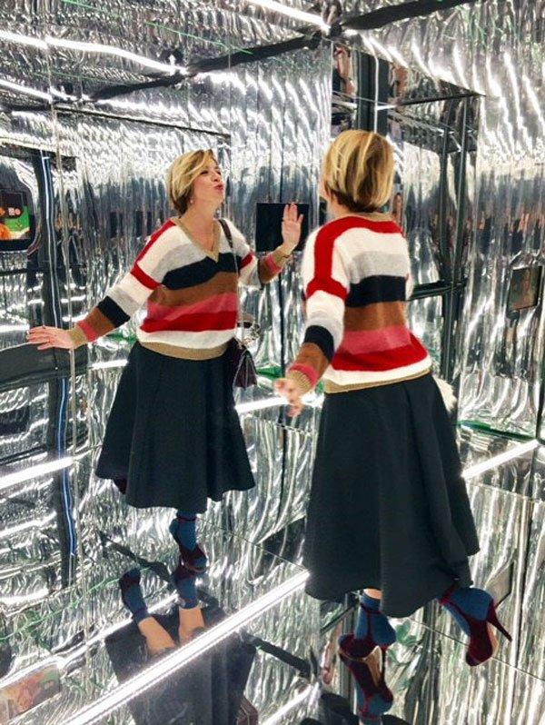 La stanza degli specchi ai Fendi Studios