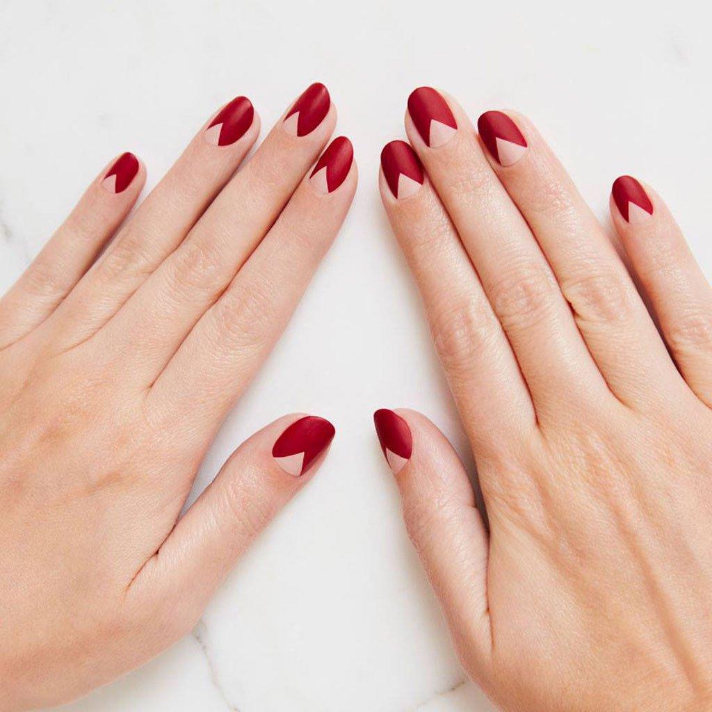 Manicure rosa e rosso