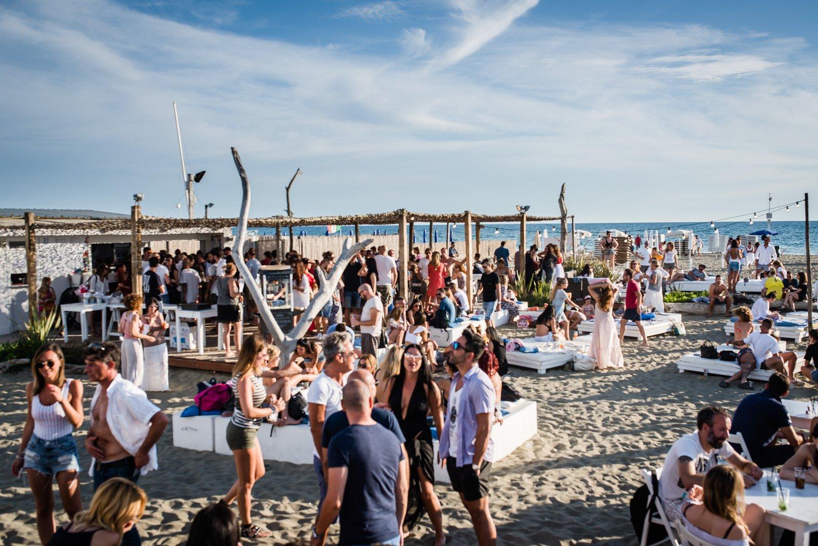 Sunset 4US Beach Party: la festa più cool dell'estate