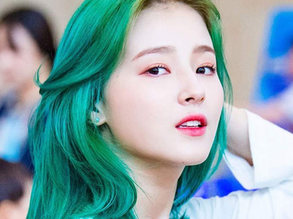foto Capelli 2019: capelli verdi
