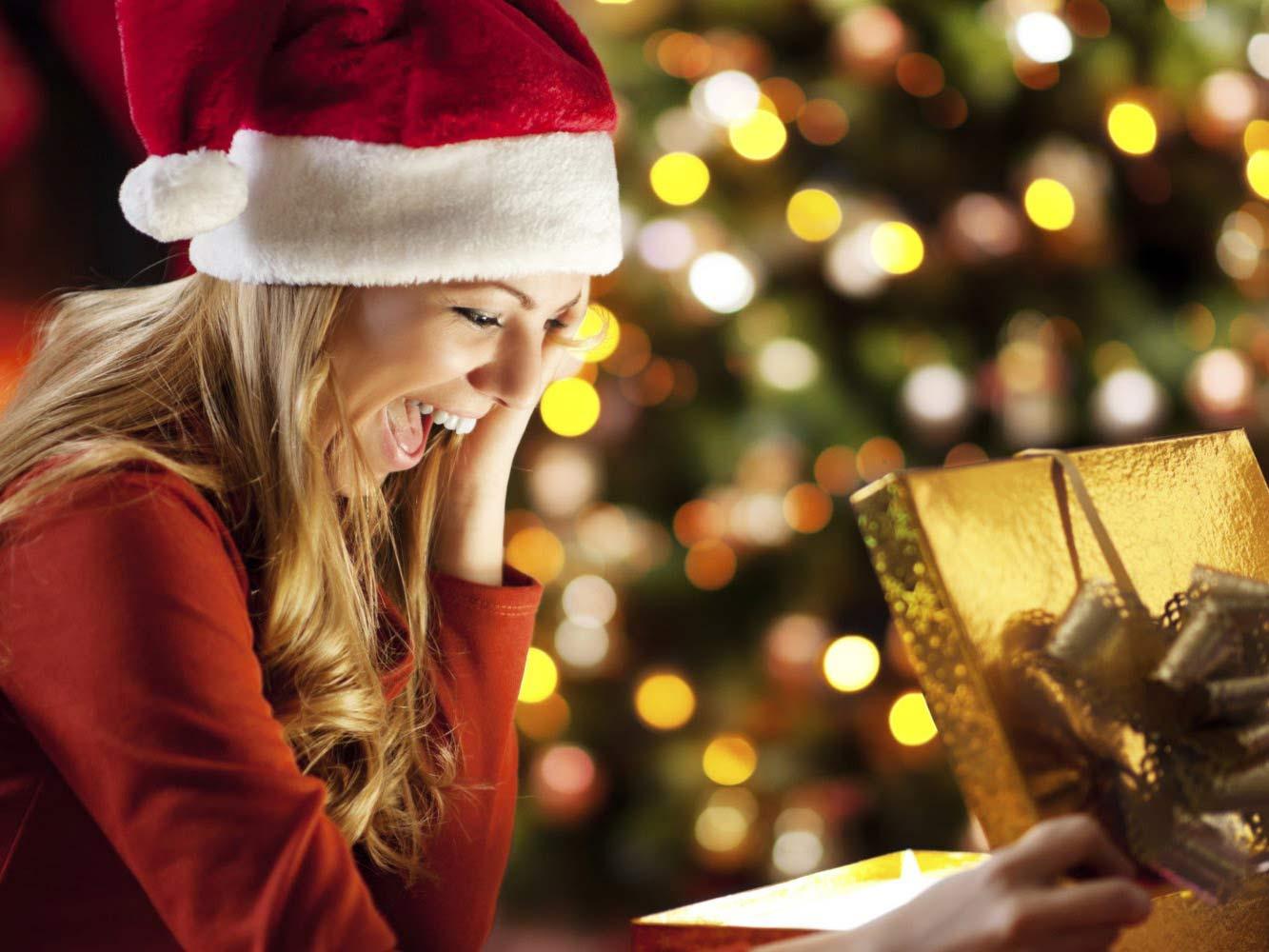 Regali di Natale Per Lei 2018: i Regali che ogni Donna Vorrebbe