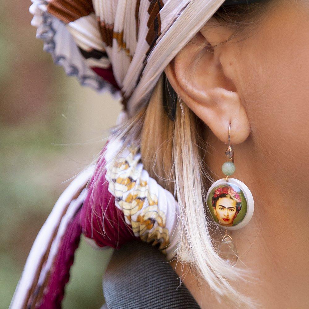 Foto degli orecchini di 20 Celesti
