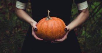 Halloween Manicure: Idee per Unghie da Paura