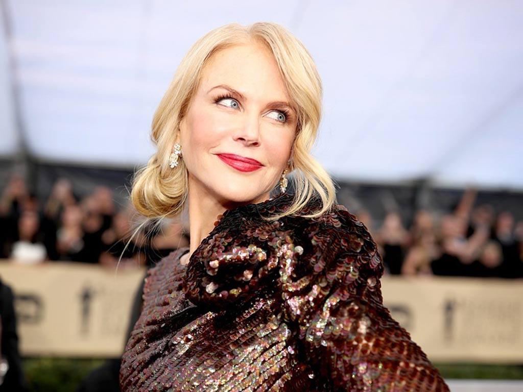 foto Nicole Kidman con un'acconciatura moda
