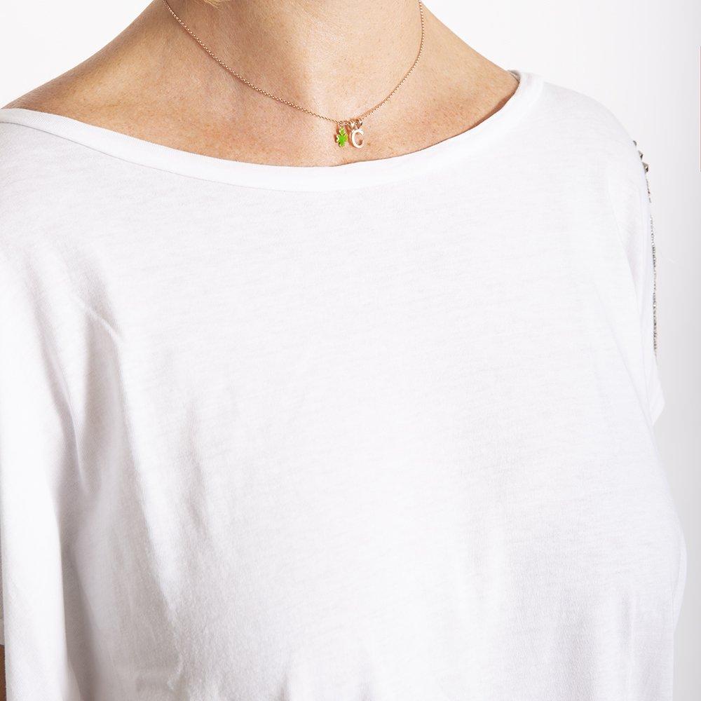 Foto della collana con le iniziali di 20 Celesti Bijoux