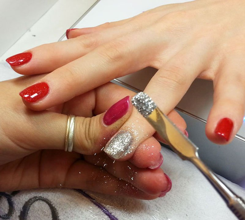 Unghie natale 2018 idee per la manicure delle feste for Decorazioni natalizie unghie