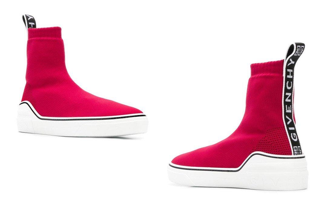 Foto delle sneakers in maglia rossa di Givenchy