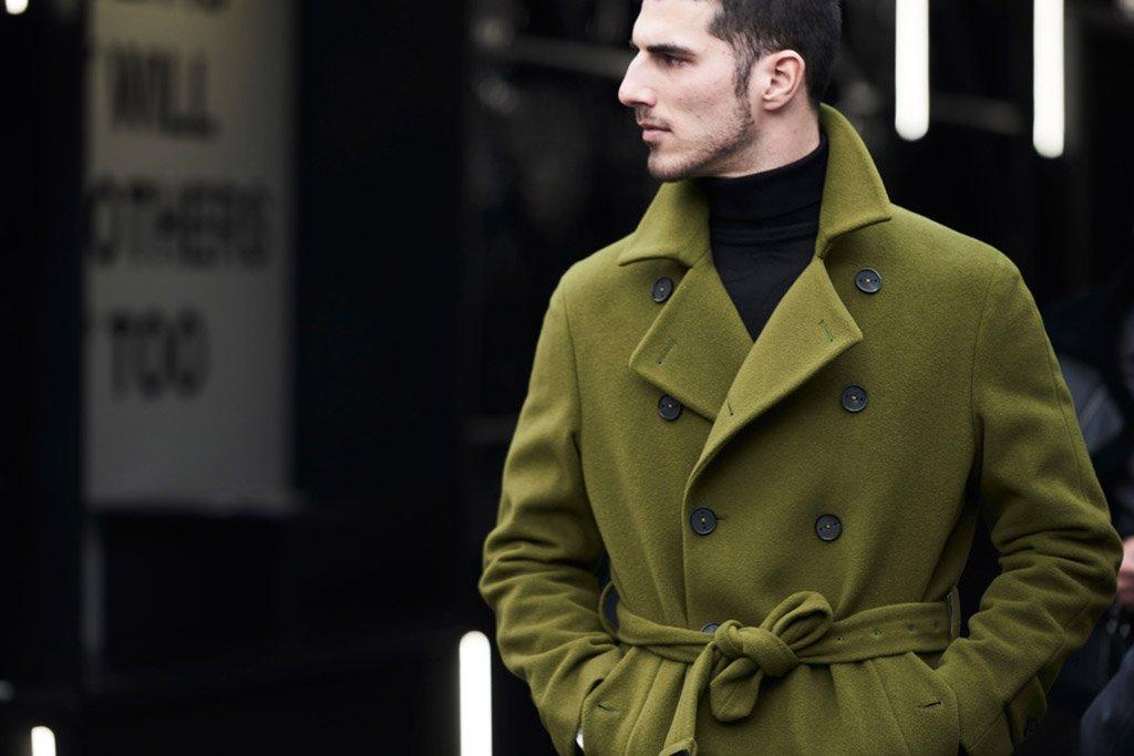 Foto di un cappotto colorato verde