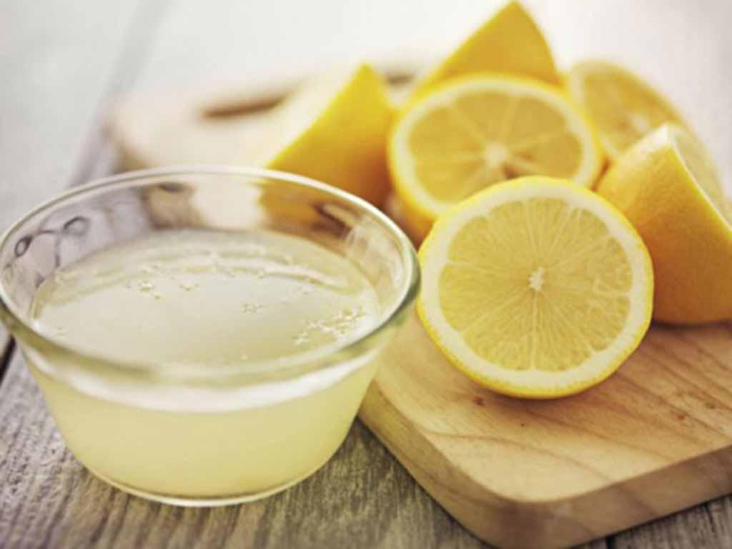 foto limone per capelli grassi