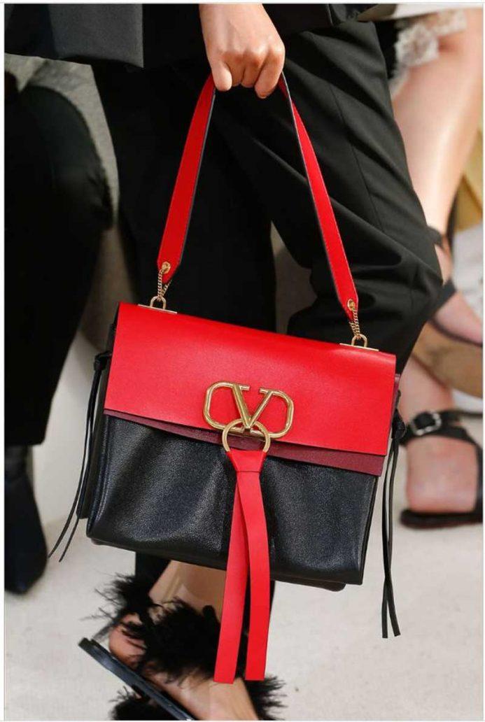 Foto della borsa di Valentino