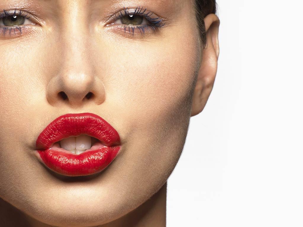 foto come avere labbra grandi e carnose
