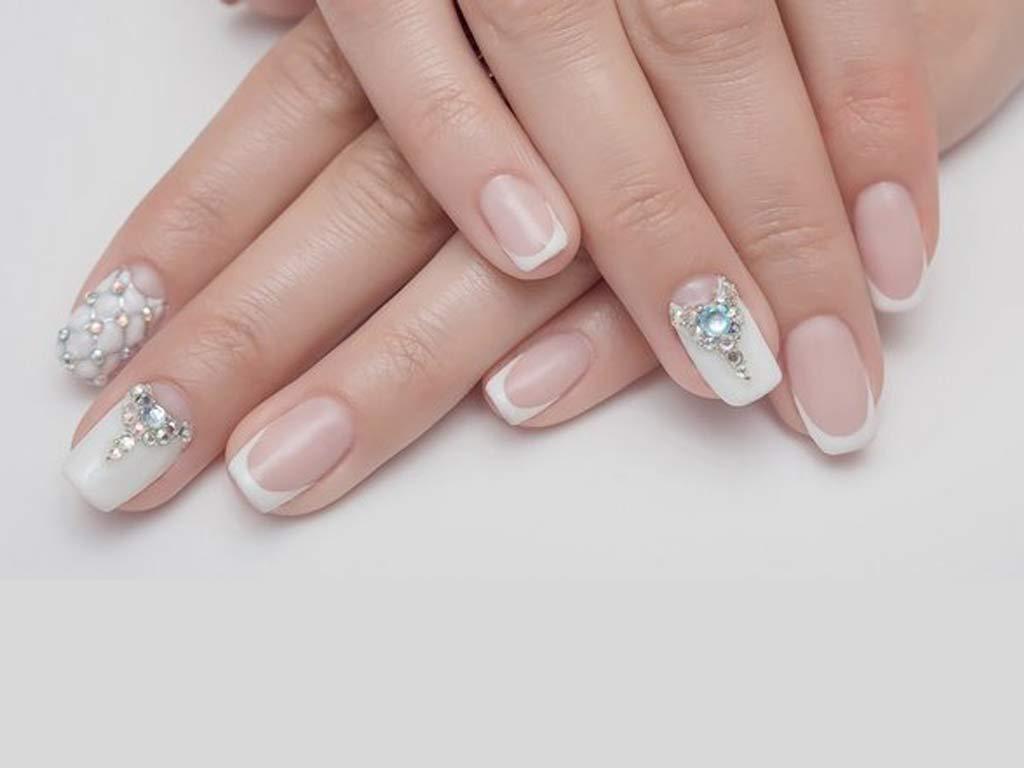 foto manicure cristalli swarovski
