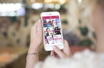 Foto del telefono con l'app di Amiche Di Smalto