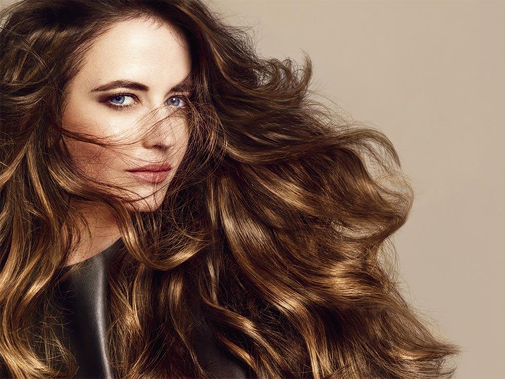 foto moda capelli autunno inverno 2019-2020 bronde