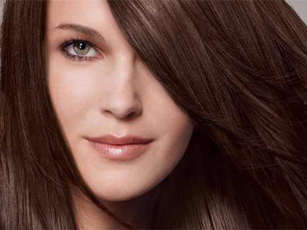 foto moda capelli autunno inverno 2019-2020 chocolate brown