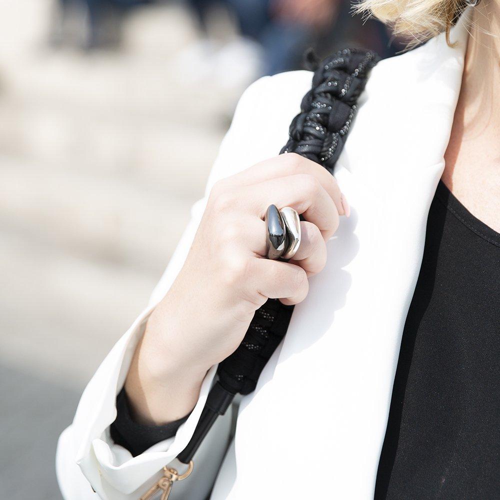 Foto di anelli doppi di Giulia Barela