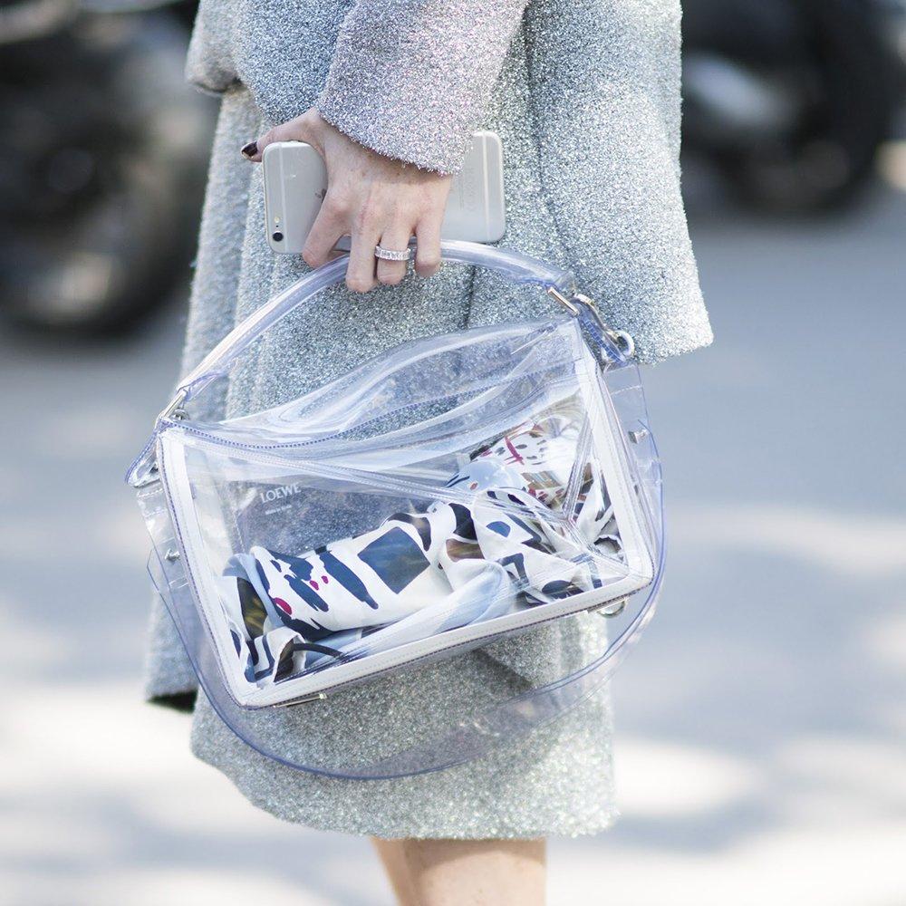 foto di borsa in pvc trasparente