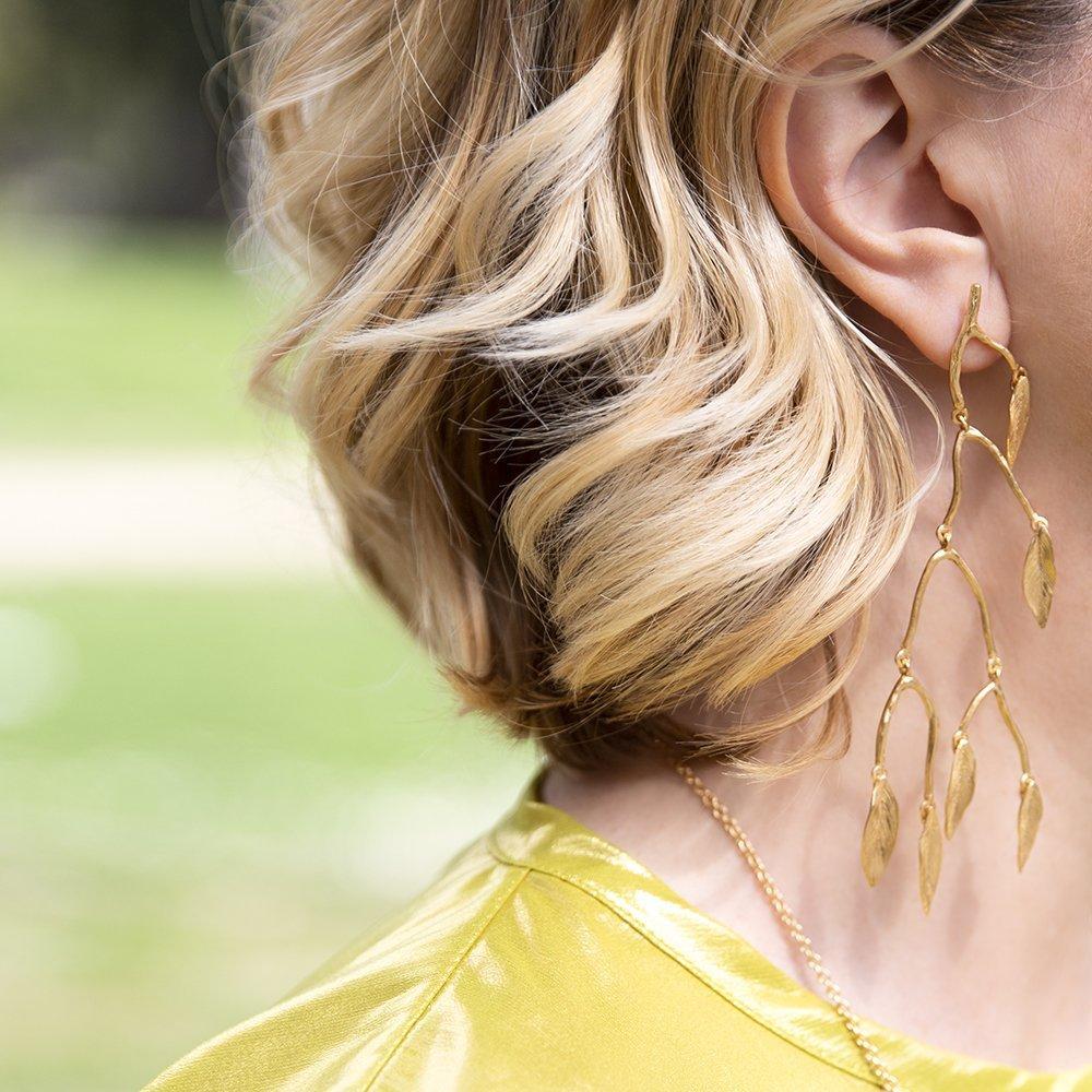 foto di orecchini pendenti tra i Gioielli e Bijoux 2019