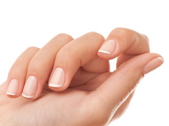 French Manicure Unghie corte