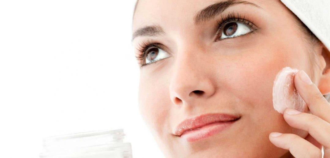 foto crema viso per donna