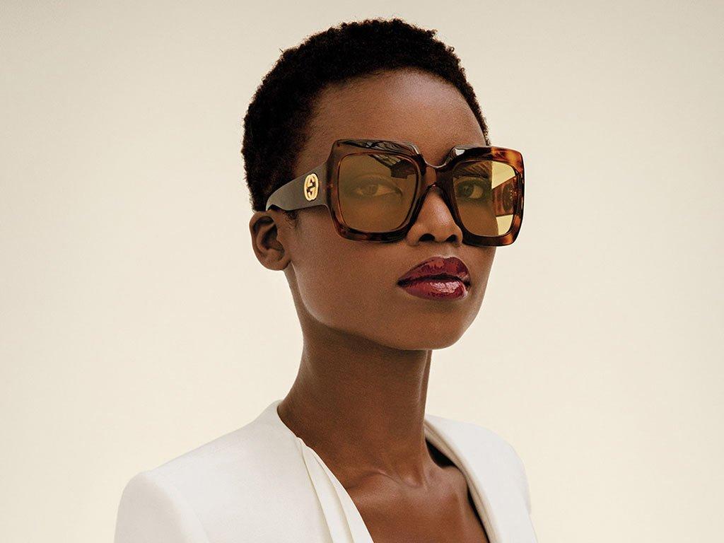 foto occhiali oversize