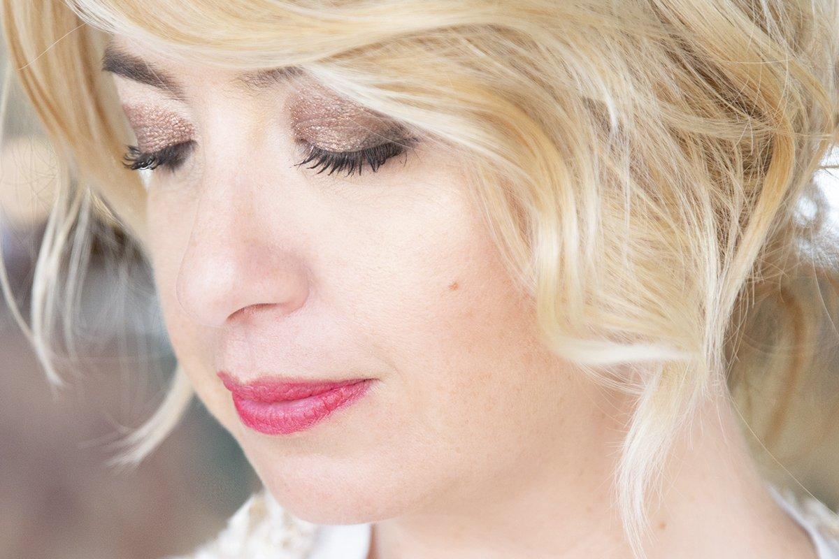 Foto di ombretti per un make up luminoso e naturale